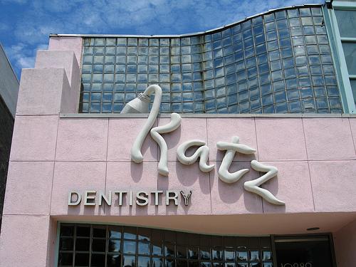 Fachada de um Dentista Criativo