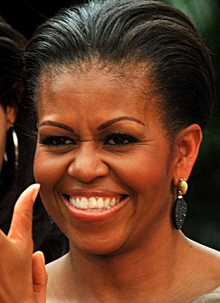 Michelle Obama está usando aparelho dentário ???