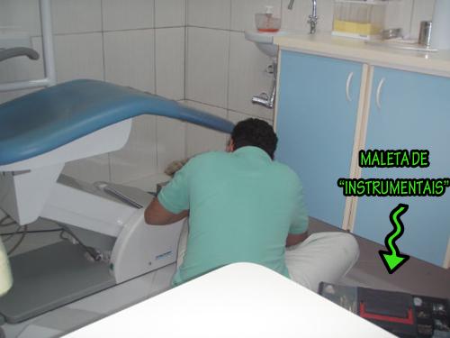 dentista trabalhando
